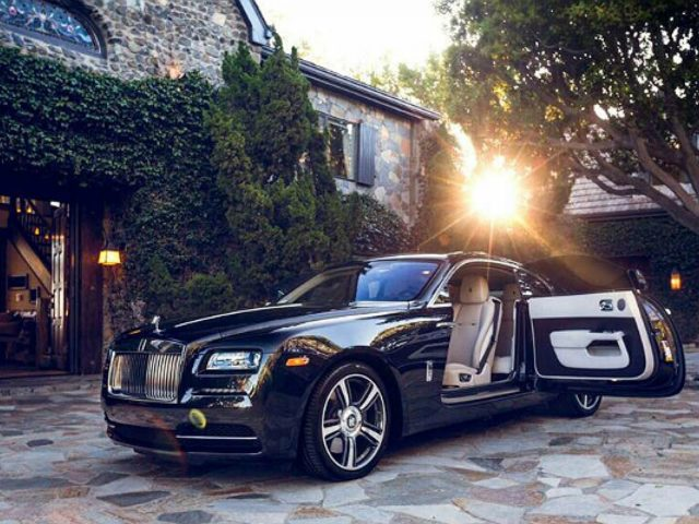 The experience of luxury is a multidimensional concept - Luxuryprofiling